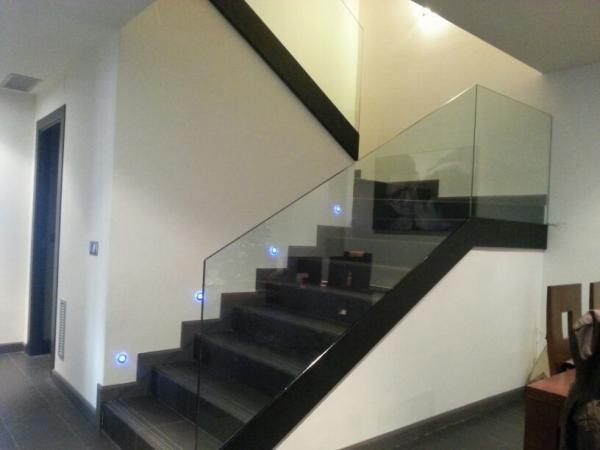 barandilla de vidrio y acero escalera barandilla de cristal